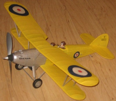 images/hawker_hart_th.jpg